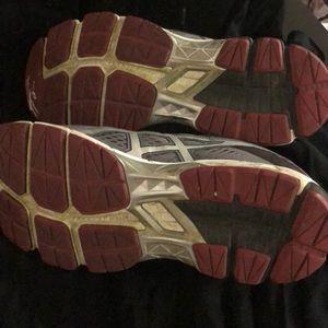 Basic Editions Shoes - Men's Basics Duomax GT 1000
